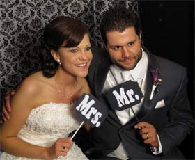photobooth for wedding in cleveland