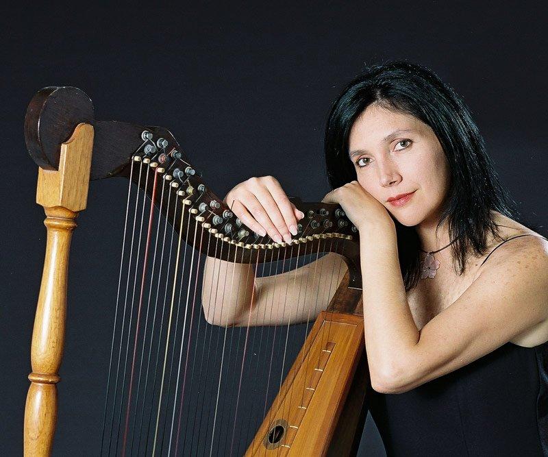 Carmen Elena Barreiro – Harp